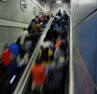 Metro programa suspensión parcial de servicios para el domingo en línea 4