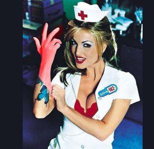 [FOTOS] ¿La recuerdas? Así luce ahora la enfermera que saltó a la fama con el grupo Blink 182