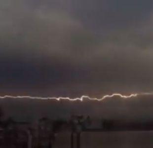 [VIDEO] El impresionante rayo horizontal que impactó en Florida
