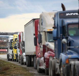 Camioneros preparan movilización para este sábado y anuncian que no entrarán a la Alameda
