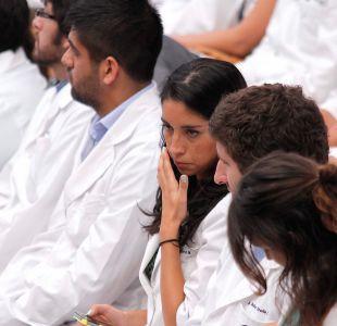Licencias médicas de empleados públicos disminuyen hasta 22% tras anuncio de fiscalización