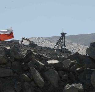 La trastienda de la carta en contra del aborto que firmaron los mineros rescatados en Atacama