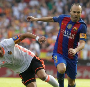 Andrés Iniesta será baja por dos meses tras sufrir grave lesión en duelo de Barcelona ante Valencia