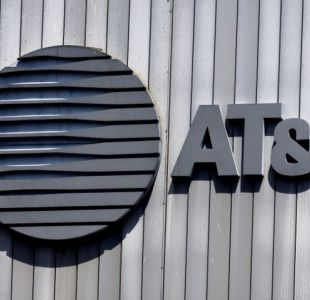 AT&T acuerda compra de Time Warner por USD 80.000 millones