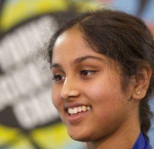 La brillante científica de 13 años que descubrió cómo crear energía limpia por apenas US$5