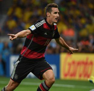 [VIDEO] Se retira Miroslav Klose: La historia del máximo goleador de los Mundiales