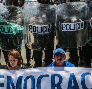 Oposición llama a nuevas protestas y defiende mediación de obispos en Nicaragua
