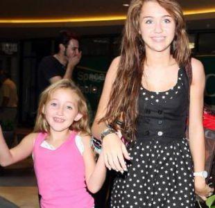 La hermana menor de Miley Cyrus creció y debutó como cantante