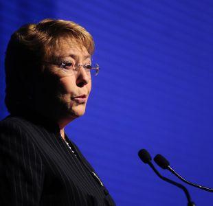 Bachelet tilda de inaceptable escándalo por espionaje a mujeres de la Armada