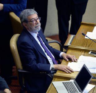 Sancionan a diputado Schilling por insultar a mujeres del público en interpelación de Javiera Blanco