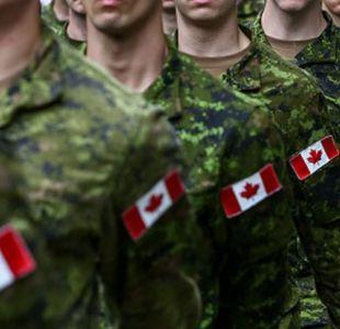Soldados canadienses.Image copyrightGETTY IMAGES Image caption El estudio revela que casi unos 1.000 efectivos de las Fuerzas Armadas de Canadá sufrieron abuso o acoso sexual durante los últimos 12 meses.