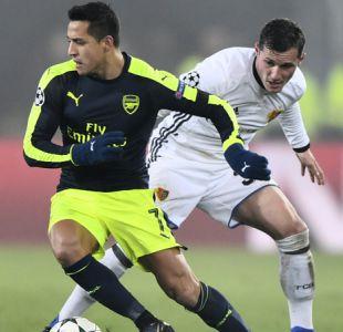Alexis aporta asistencia en triunfo del Arsenal que consolida su liderato en Champions