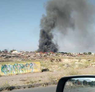 Incendio afecta a campamento Japón en Maipú: al menos 12 casas destruidas