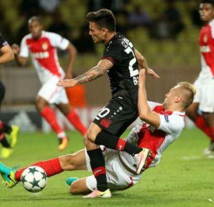 Charles Aránguiz juega 22 minutos en triunfo del Leverkusen ante Mónaco en Champions