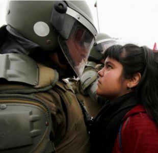 Niña chilena que desafía a carabinero está en la lista de las más rudas, según Buzzfeed