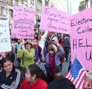 La comunidad hispana de Los Ángeles protesta contra Trump