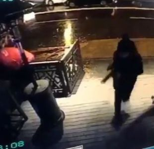 [VIDEO] Revelan imágenes que muestran al autor del atentado en Estambul