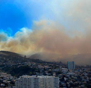 Incendio obligó a evacuar a más de un centenar de internas de la cárcel de Valparaíso
