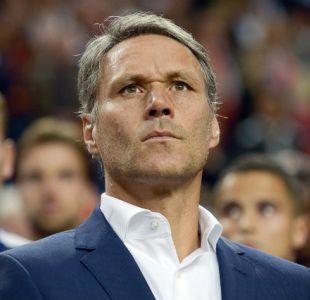 Marco Van Basten es partidario de suprimir el fuera de juego y la prórroga en el fútbol