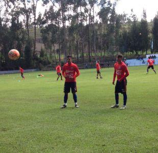 """Víctor Dávila y Diego González preocupan en """"La Roja"""" de cara al debut en el Sudamericano"""