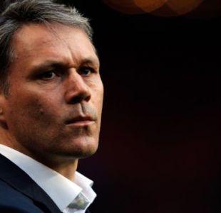 El exfutbolista holandés trabaja actualmente para la FIFA como director de desarrollo técnico.