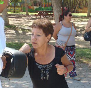 [VIDEO] Mujeres de todas las edades toman clases de defensa personal