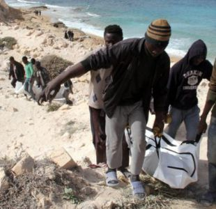 El desierto y el mar se convierten en trampas fatales para los migrantes.