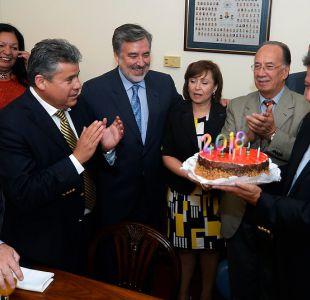 Alejandro Guillier celebró su cumpleaños junto a parlamentarios