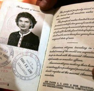Las fascinantes historias detrás de los pasaportes antiguos y modernos