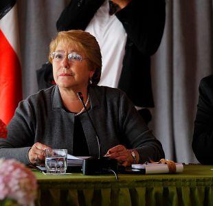 Bachelet pide a ministros mejorar coordinación tras impasse Valdés-Krauss