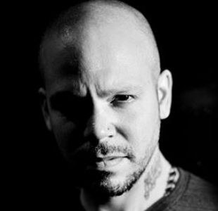 Residente debuta en solitario en Chile