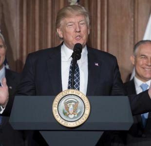 """Trump revisa política de emisiones y promete """"fin a la guerra contra el carbón"""""""