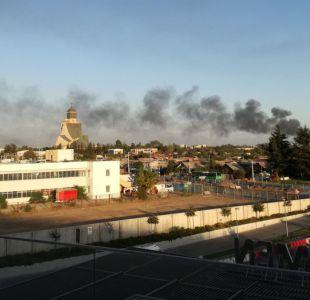 Se registra incendio en fábrica en Maipú