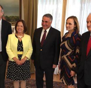 DC insiste en pedir retiro de embajador por crisis en Venezuela