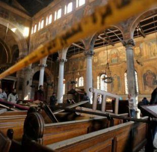 Dos atentados con bomba dejan decenas de muertos y heridos en iglesias coptas de Egipto