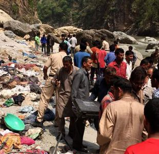 Al menos 44 muertos en un accidente de autocar en India