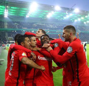 Frankfurt es el primer finalista de la Copa Alemania y espera por el Bayern de Arturo Vidal