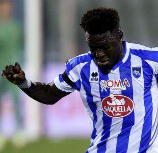 [VIDEO] Jugador africano abandona partido en Italia por insultos racistas en su contra