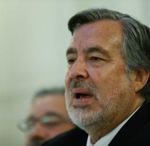 Guillier: Si es por daño moral, no deberían tener candidato en la derecha