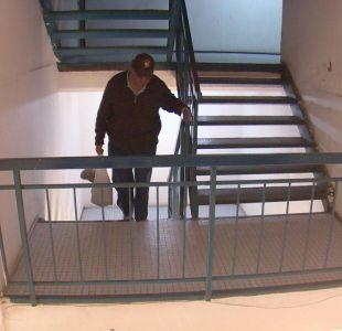 El drama de vivir en un piso 21 sin tener ascensor