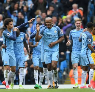 Manchester City sin Claudio Bravo se acerca a la Champions tras golear a Crystal Palace