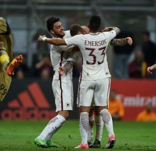 Matías Fernández participó en dura caída del Milan ante la Roma en la Serie A