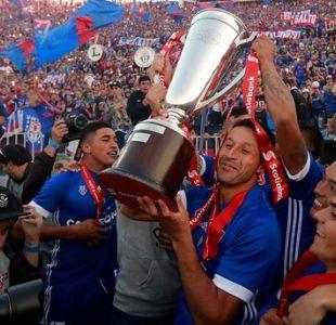 Ídolos azules y clubes del fútbol chileno saludan a la U por su nuevo título