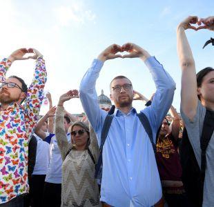 [FOTOS] Ciudades británicas realizan vigilia en solidaridad con Manchester