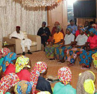 La odisea sufrida por las 82 niñas liberadas por Boko Haram que no han regresado con sus familias