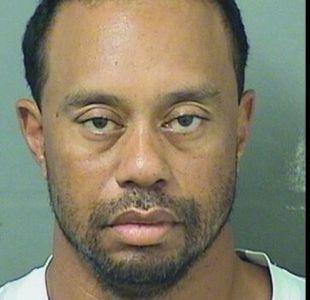 Tiger Woods es detenido por la policía por manejar ebrio