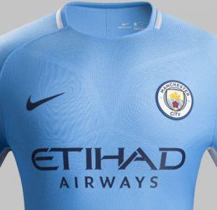 Manchester City presenta nueva camiseta inspirada en campeones de 1968