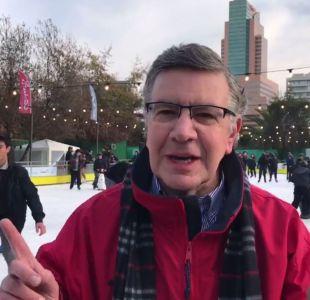 Lavín inaugura pista pública de patinaje sobre hielo: Esta semana será gratis la primera media hora