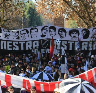 [FOTOS] Hinchas de Colo Colo realizan marcha familiar contra Blanco y Negro