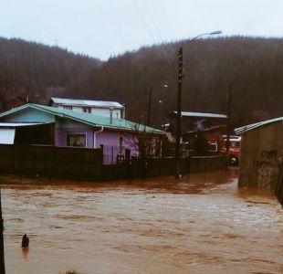 Lluvias en la zona centro y sur: Declaran alerta roja por desborde de río en Curanilahue
